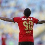 """André provoca rivais do Sport: """"Todo mundo sabe quem é de cair"""""""
