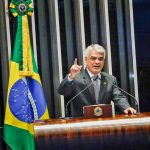 Na era Temer, Brasil se torna um dos países com a gasolina mais cara do mundo, denuncia Humberto