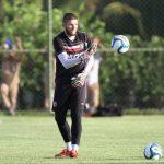 Goleiro Ricardo Ernesto renova com Santa Cruz para temporada 2019